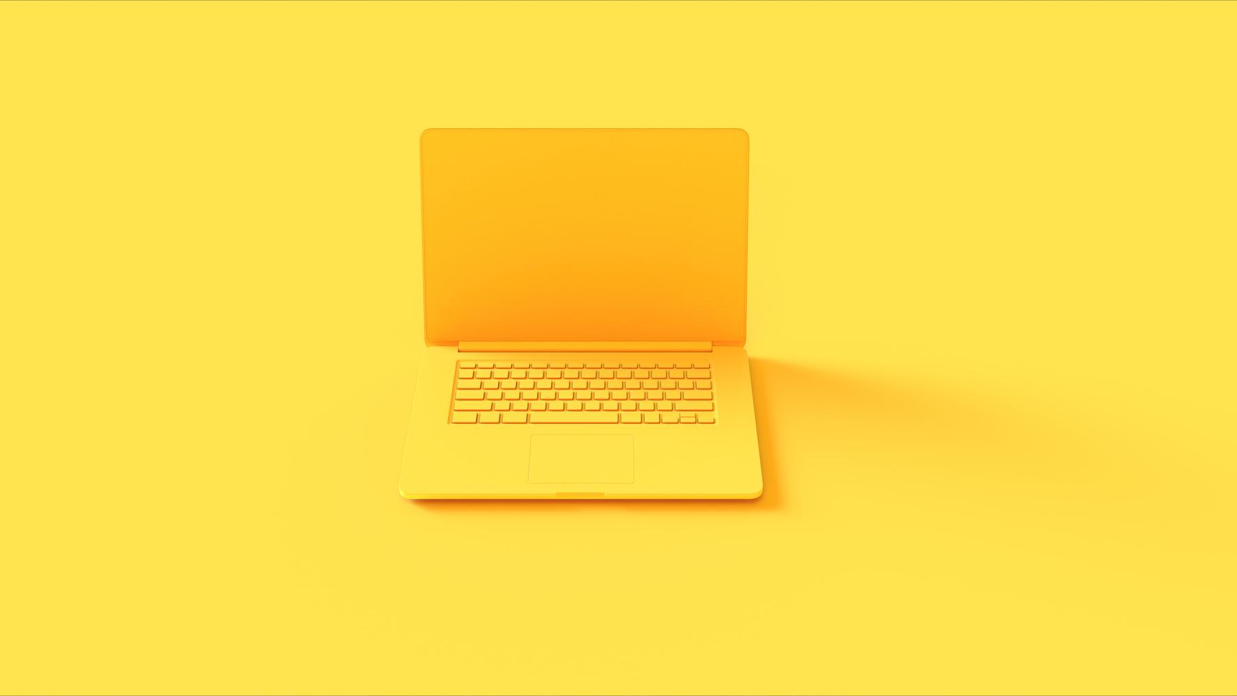 Ordinateur portable jaune